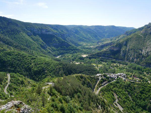 Voyage à moto dans les Pyrénées