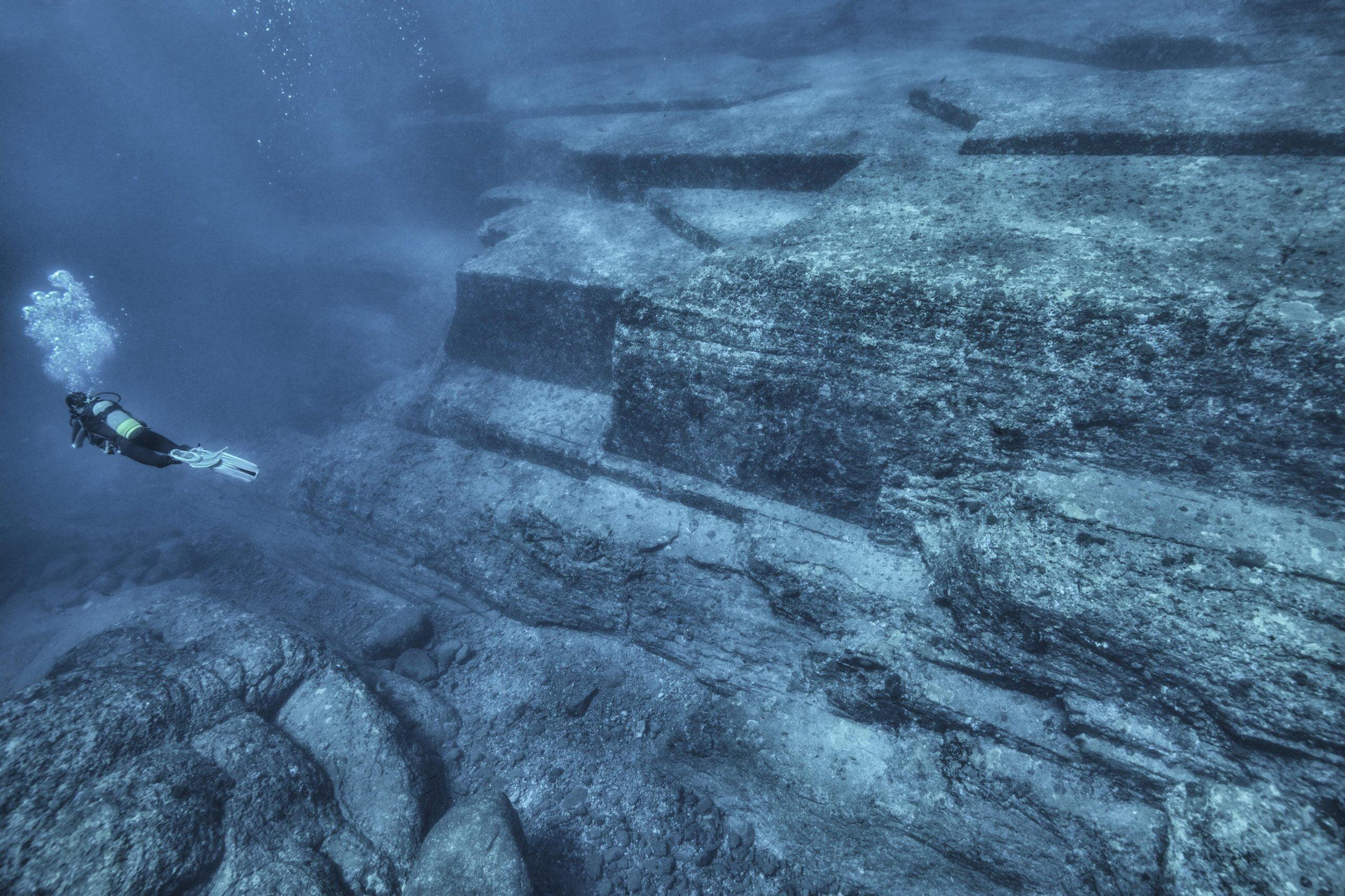 RUSSIE - Plongée sous glace au lac Baïkal